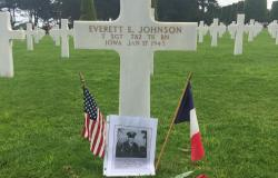 Technical Sergeant Everett E. Johnson's grave marker at the Normandy American Cemetery, June 27, 2017. Courtesy of Julie Quade