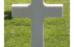 Louis V. Quinones' grave at Normandy American Cemetery. Courtesy of the American Battle Monuments Commission.